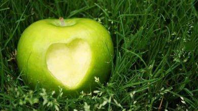 تصویر از سیب
