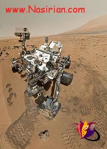 220px-PIA16239_High-Resolution_Self-Portrait_by_Curiosity_Rover_Arm_Camera