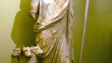 تصویر از خدایان باستان (هادس خدای مردگان)