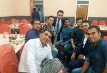 Photo of در کنار دوستان همکلاسی